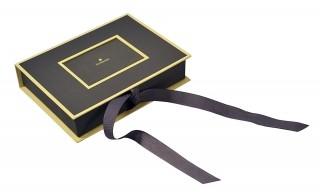Подарочная коробка-книжка на лентах для сувениров