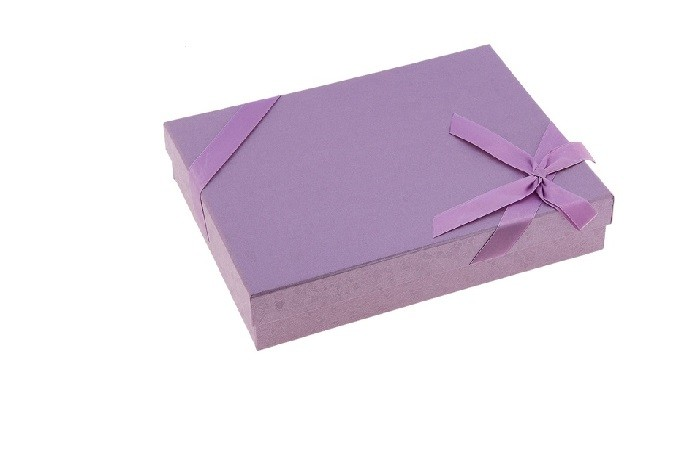 Прямоугольная подарочная коробка, сиреневая