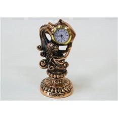 Статуэтка с часами Водолей