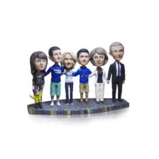 Статуэтка по фото 7 человек «Большая семья»