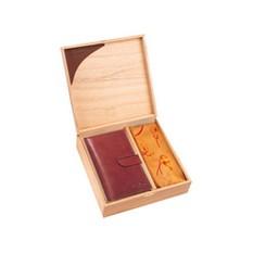 Набор LeatherNorth: платок и дамское портмоне из натуральной кожи