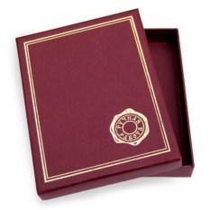 Подарочная коробочка бордового цвета