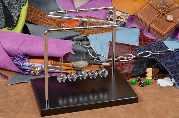 Антистресс Шары Ньютона с 5 шарами на подставке