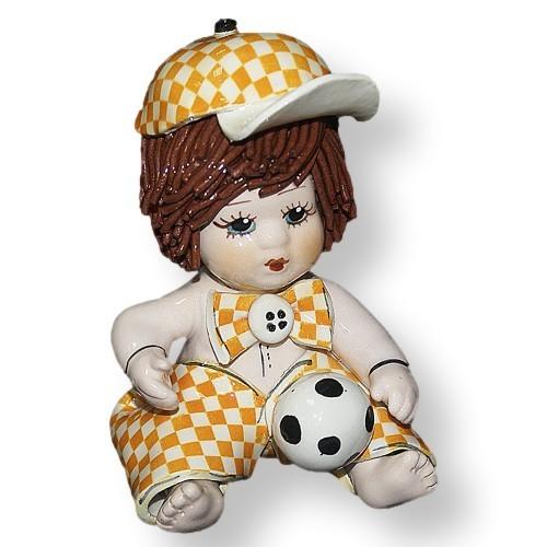 Статуэтка из фарфора Мальчик с футбольным мячом ZamPiva