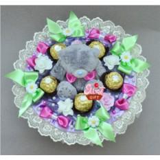 Букет из конфет и мягких игрушек Сладкий тедди