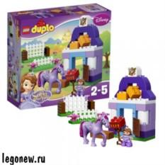 Конструктор Лего Дупло Принцессы. Королевская конюшня
