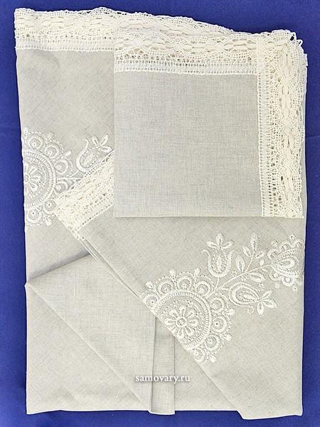 Комплект столового белья с вышивкой (Вологодское кружево)