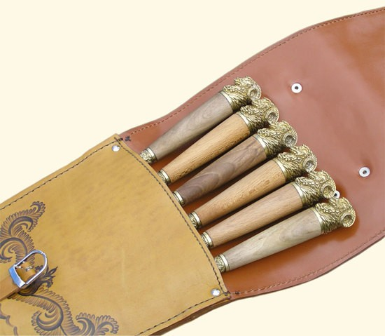 Шампуры подарочные в колчане из кожи (Баран)