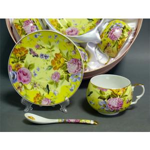 Чайный набор «Цветы на желтом»