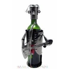 Подставка под бутылку Вокалист с гитарой
