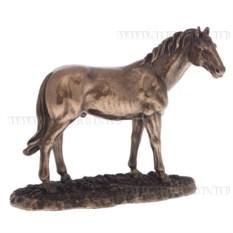 Декоративная фигура Конь (на подставке)