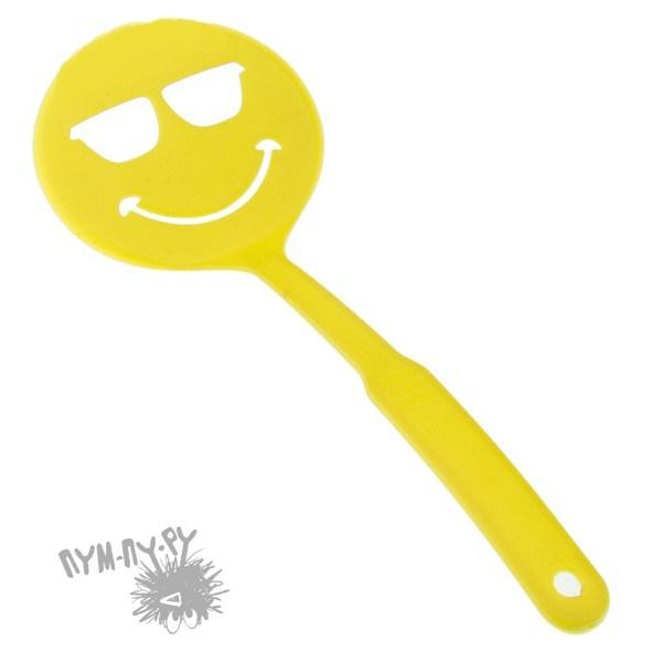 Желтая лопатка с прорезями Смайл крутой