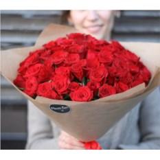 Букет из 51 красной розы высотой 40 см