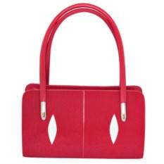 Красная женская сумка из кожи морского ската