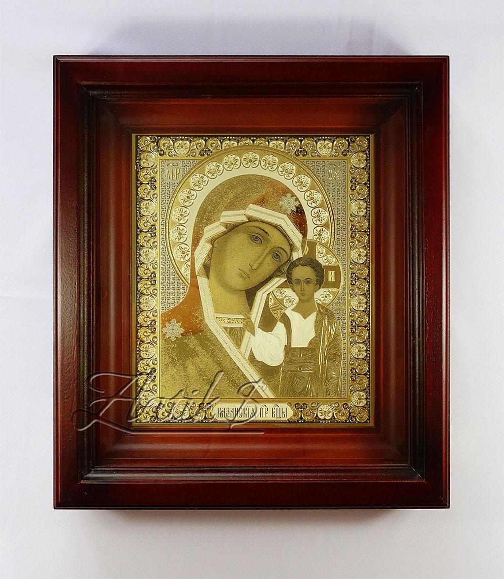 Икона Казанской Божьей Матери в киоте