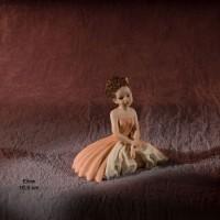 Коллекционная фарфоровая статуэтка Eline