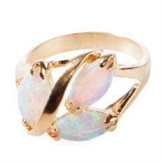 Позолоченное кольцо с японским опалом Дафна