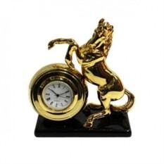 Часы «Лошадь»