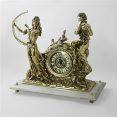 Часы Музыканты на мрамоной подставке