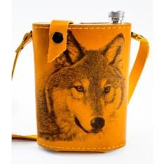 Фляга в кожаном чехле с художественным выжиганием Волк