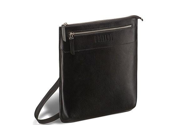 Кожаная черная сумка через плечо Brialdi Assisi