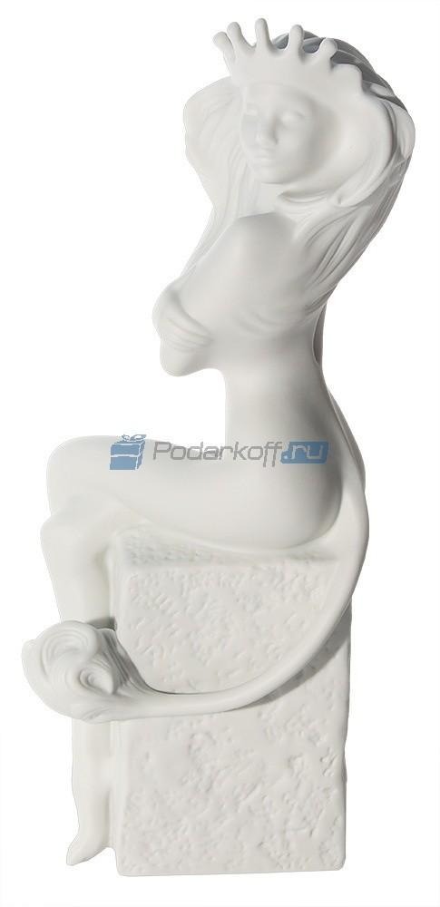 Фарфоровая статуэтка Лев - женщина