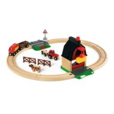 Деревянная железная дорога с переездом и мини-фермой BRIO 33719