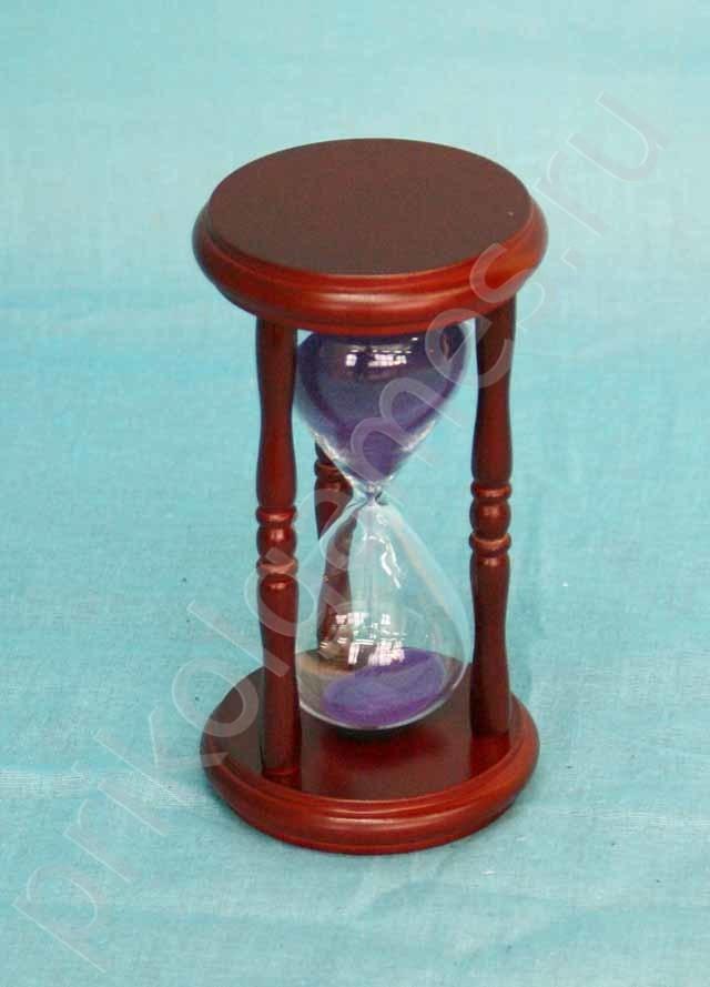 Часы песочные с голубым песком