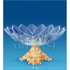 Фруктовница с чашей в форе цветка на позолоченной ножке