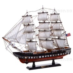 Модель корабля из дерева, длина 50см