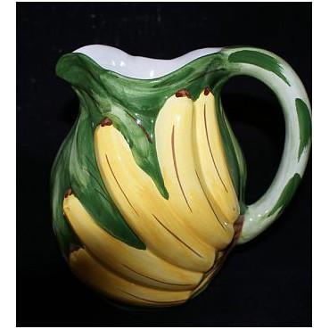 Кувшин с бананами