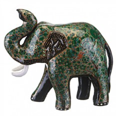 Фигурка Зелёный слон с поднятым вверх хоботом