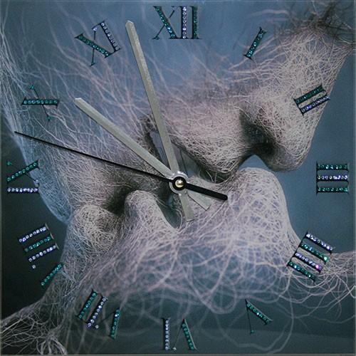 Часы с кристаллами Swarovski Время любви
