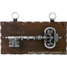 Настенная ключница Хромированный ключ