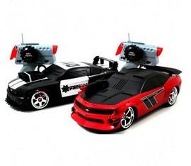 Боевые машинки на радиоуправлении Mustang & Camaro