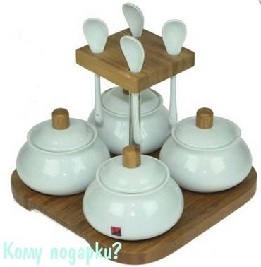 Подарочный набор для соусов на бамбуковой подставке