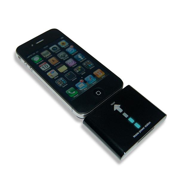 Зарядка-батарейка для iPhone и iPod