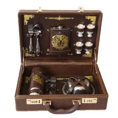 Подарочный набор для пикника на 4 персоны в кейсе «Барон»