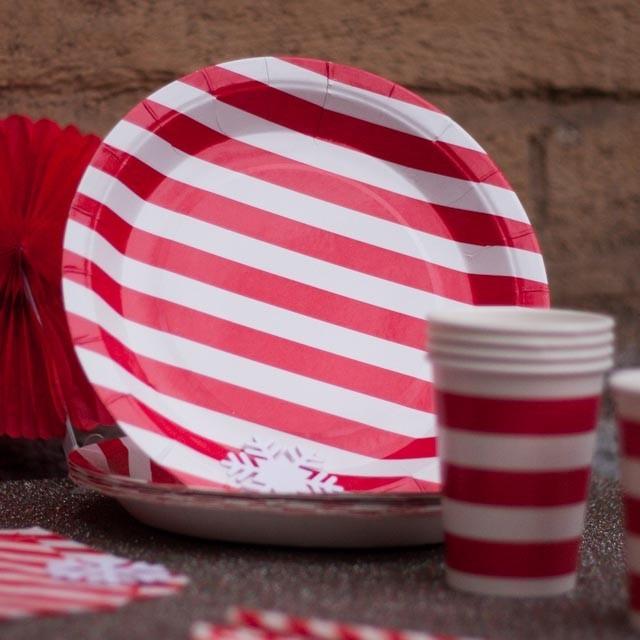 Бумажные тарелки (красные)