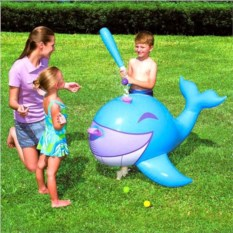 Надувная игрушка Кит Interactive Whale Ball-Pop Sprinkler
