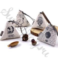 Универсальный треугольный кошелек Around The World