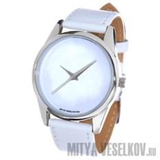 Белоснежные наручные часы Mitya Veselkov