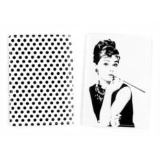 Обложка для паспорта Одри с сигаретой