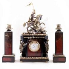 Каминные часы с подсвечниками из яшмы Георгий Победоносец