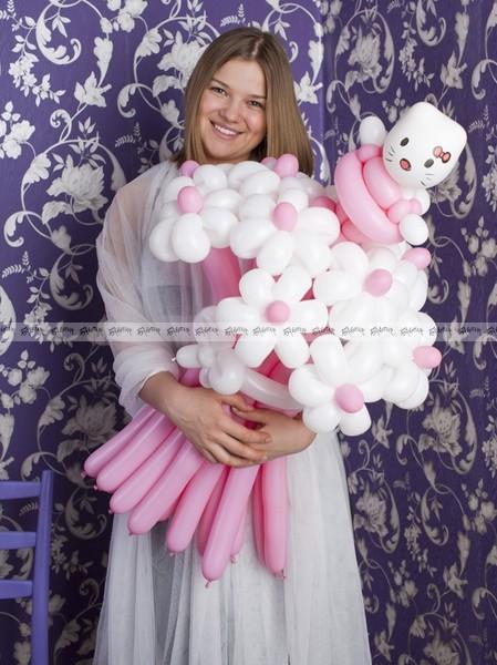 Ромашки Hello Kitty маленький букет из шаров - 7 штук