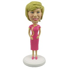 Статуэтка по фотоа В розовом платье