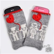 Набор чехлов для телефона Мальчик и девочка с сердечком