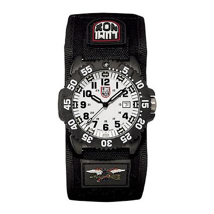 Мужские часы LUMINOX
