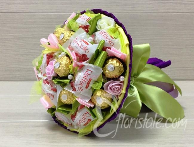 Букет из конфет Микс 17 весенний