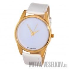Белоснежные часы Mitya Veselkov